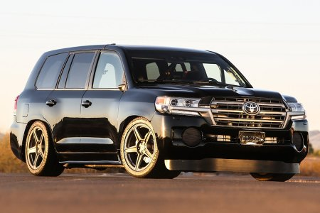Here's the 2,000 HP Low-Rider Land Cruiser No One Asked For