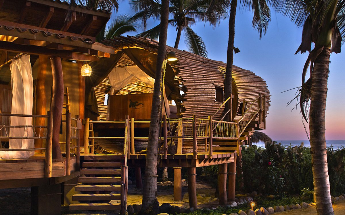Here Is Your Treehouse Hotel Suite in Paradise