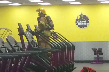 A Firefighter Climbed 110 Stories on a Planet Fitness Stairmaster to Honor 9/11