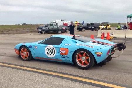 Watch a Ford GT Go 0-294 in Seconds. Seriously, Seconds.