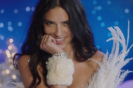 Here Are Some Victoria's Secret Angels Singing 'Santa Baby'