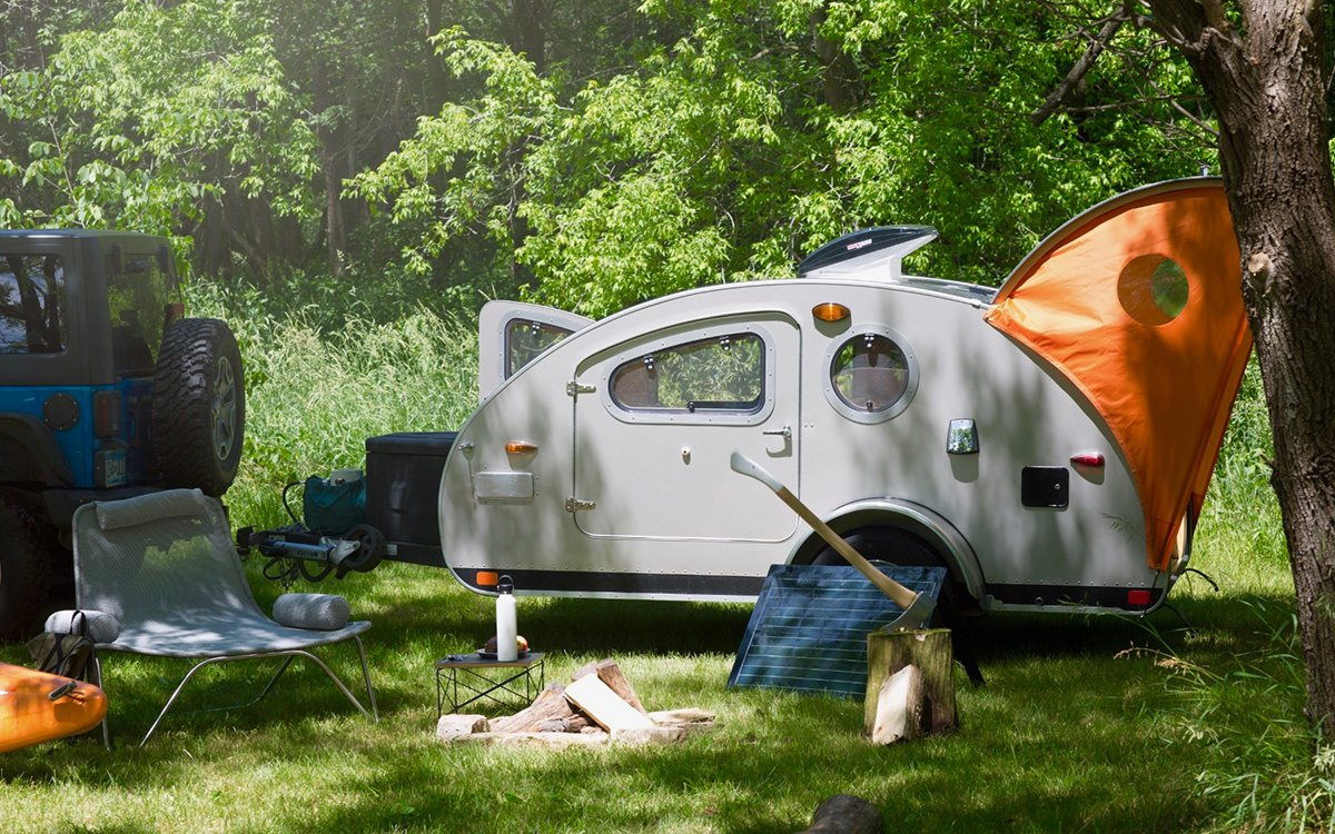 Add These Ultra-Thin Solar Panels to Your Campsite, Prosper
