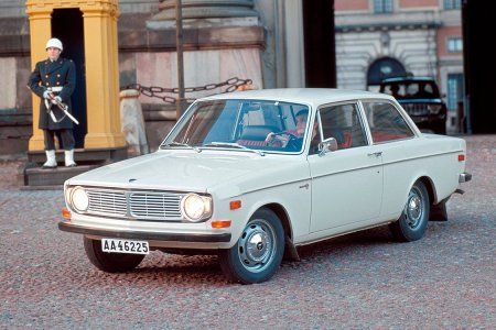 50 Years Later, the Volvo 140 Is Still One of the Greatest Cars Ever Made