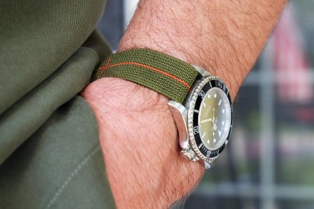 How to Pick the Best Watch Strap for Summer