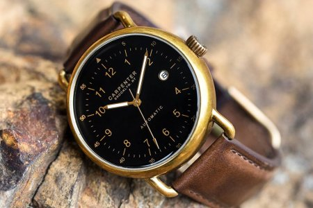 The Carpenter Field Watch Is the Handsome Throwback You Need