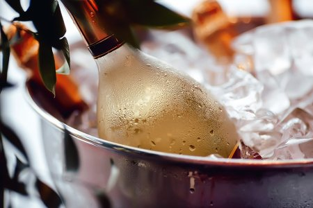 Yes, There Are Cheats for Quick-Cooling Your Summer Wine