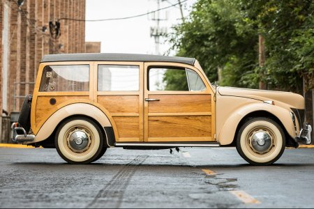 All the Beautiful Woodies That Rolled Through Mecum's Chicago Auction