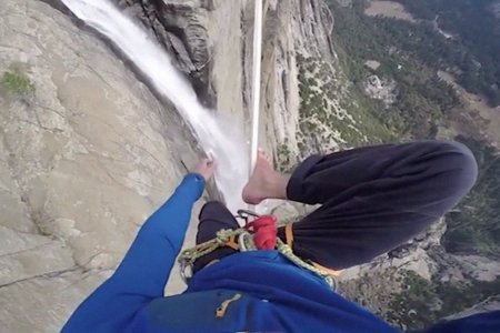 A Very Brave/Dumb Man Just Slacklined Across Yosemite Falls