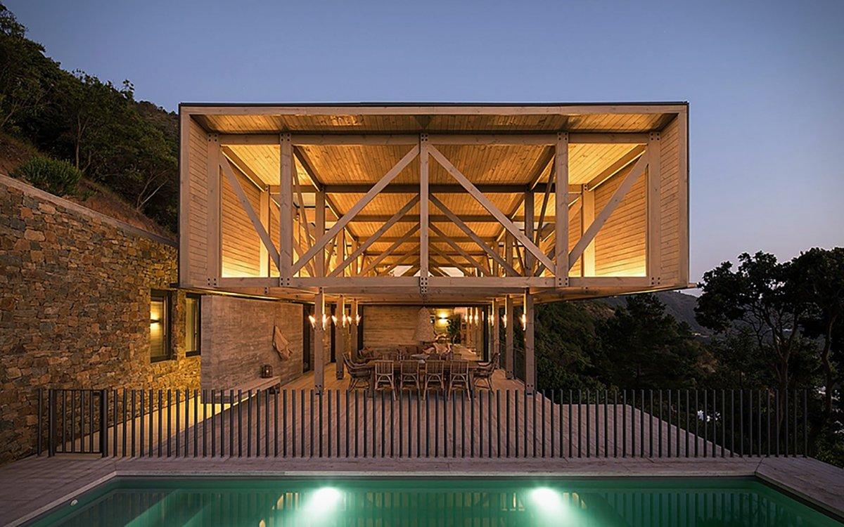 My, What Big Views This Chilean Bayside Villa Has