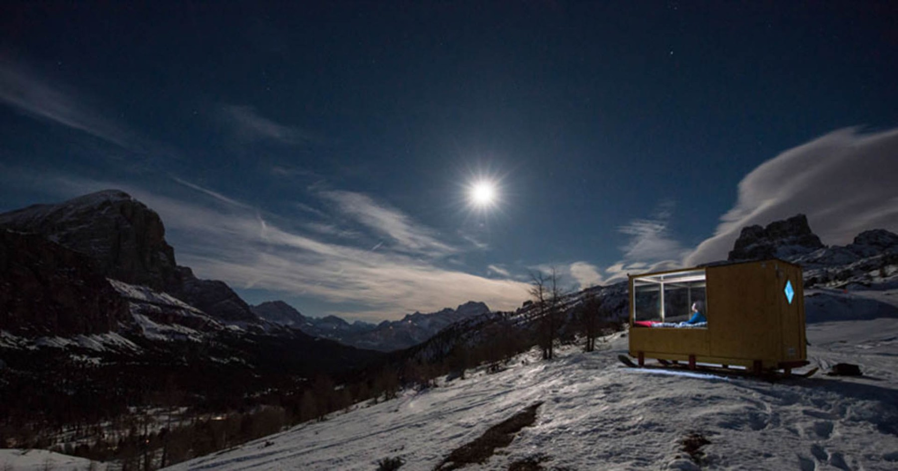 Glass Ski Cabin Is Perfect for Stargazing, Getting First Tracks