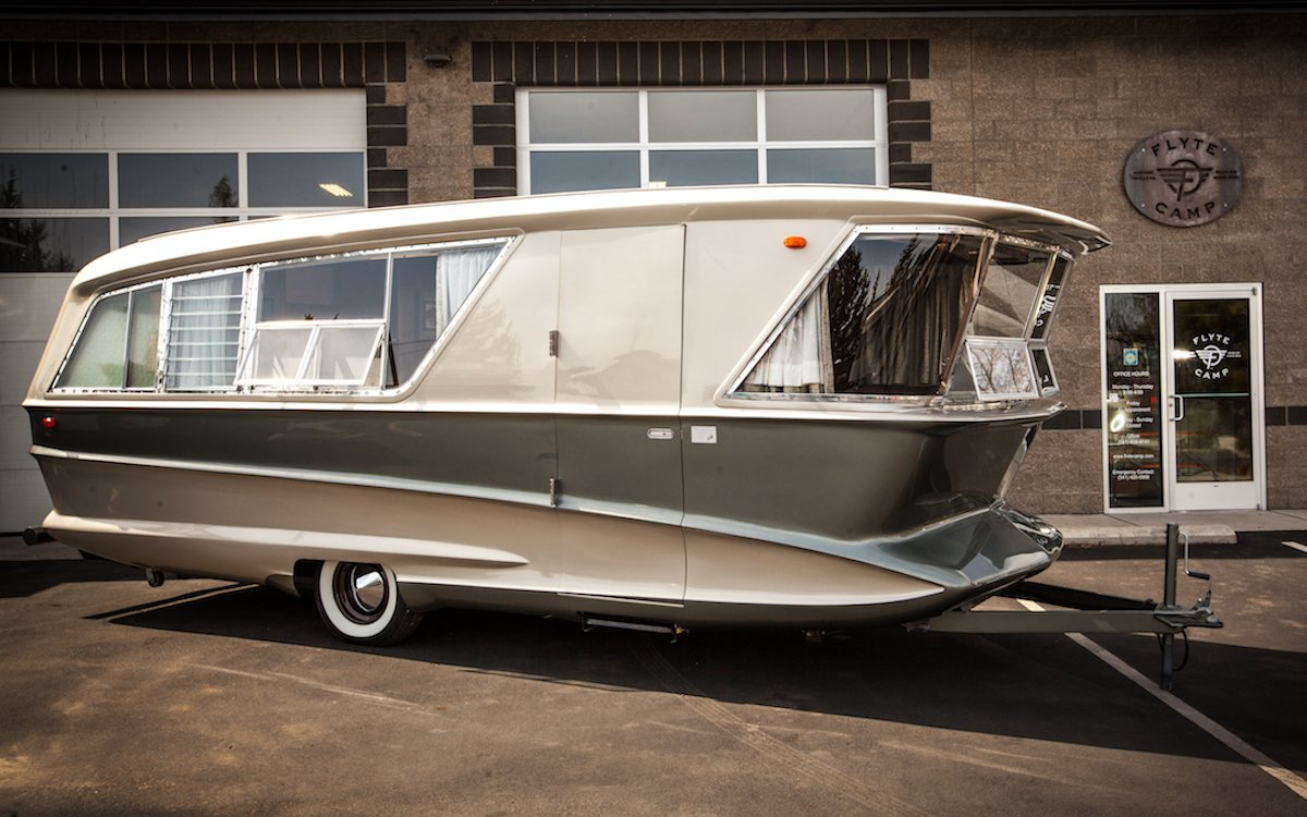 This Vintage Camper Is Don Draper's Apartment on Wheels, Basically