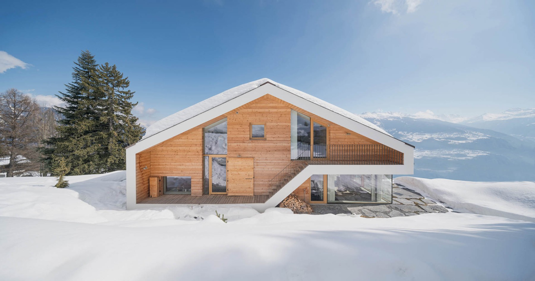 House Envy: Stunning Swiss Alps Chalet Will Give It to You