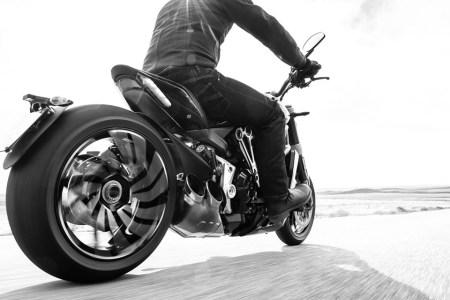 Cruiser or Racing Bike? How 'Bout Both?