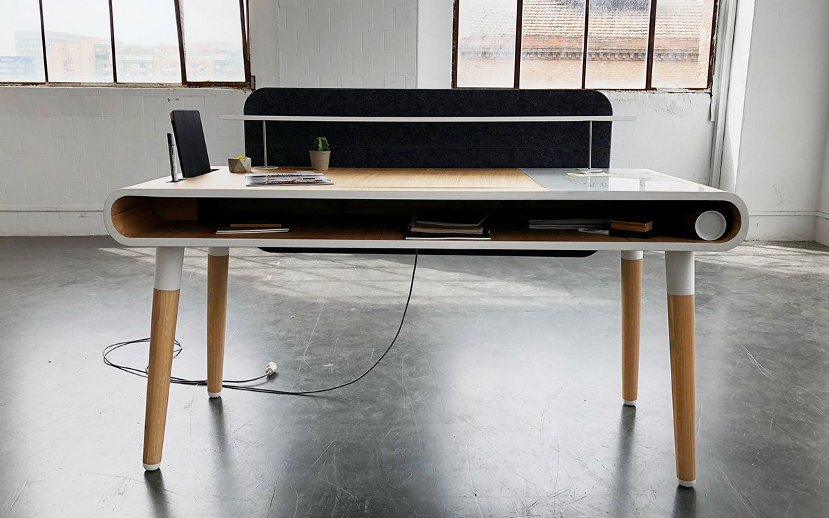 Superb Kollen Design Eget Desk Insidehook Download Free Architecture Designs Scobabritishbridgeorg