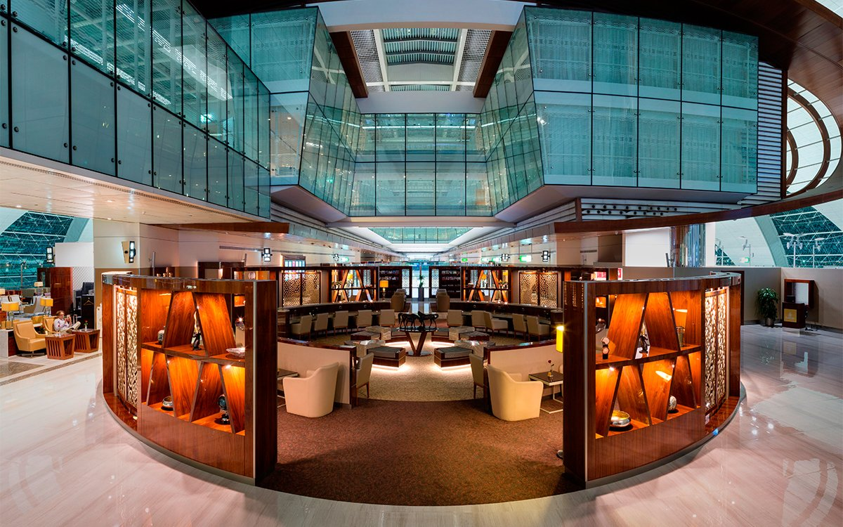 You Can Now Use Emirates' Big Daddy Executive Lounges for $100