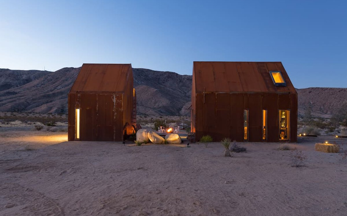 Joshua Tree's Prettiest Rental Has an Open-Air Stargazing Bedroom