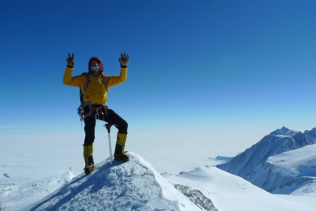 A Human Just Completed the Seven Summits — and the Seven Seas