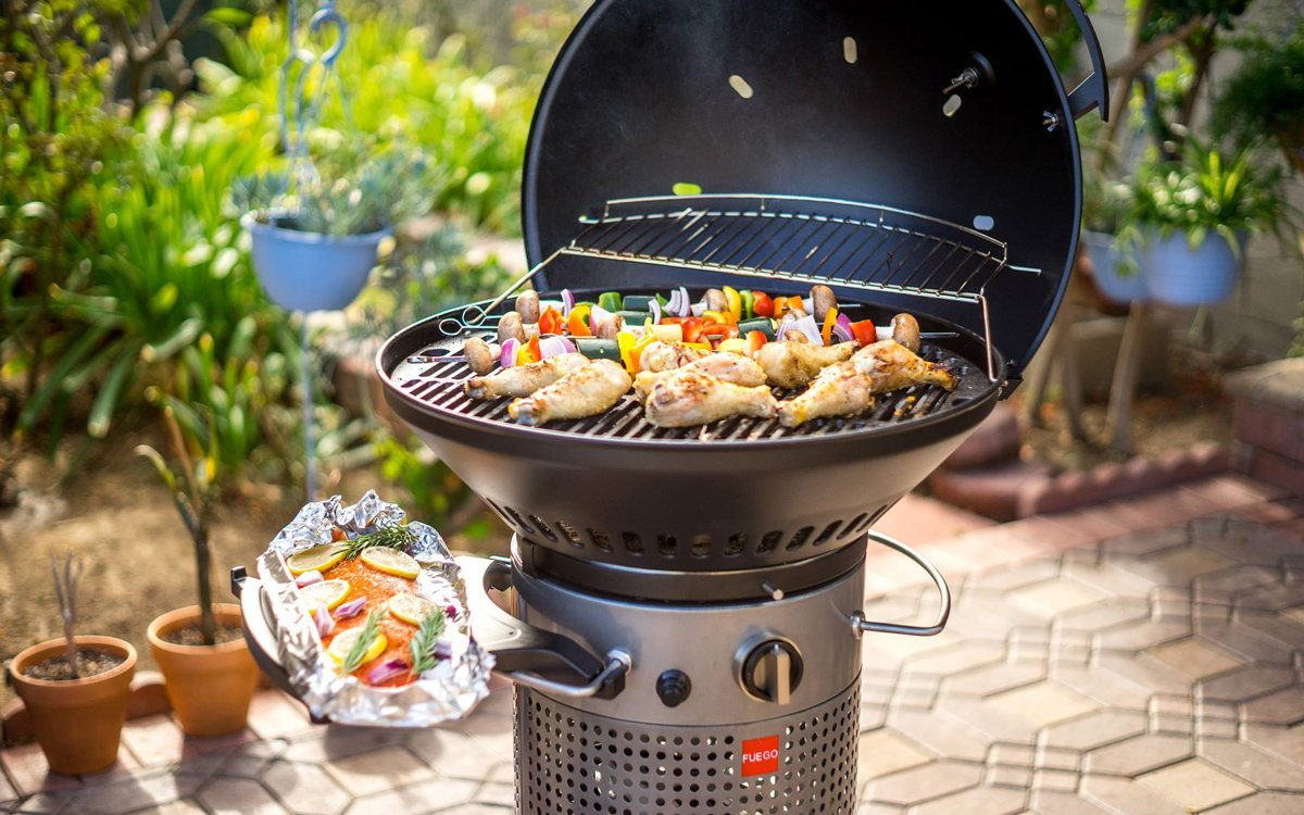 This Is What Happens When a Former Apple Designer Makes a Grill