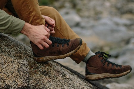 10 Hiking Essentials You Need Before Hitting the Trail This Summer