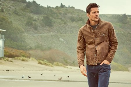 The 5 Men's Essentials You'll Find at Huckberry's Summer Pop-Up