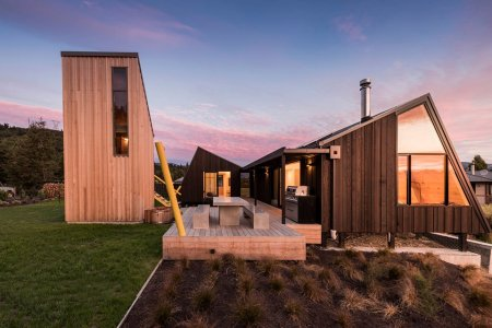 New Zealand Vacation Home Is Actually Three Smaller Homes in a Trenchcoat