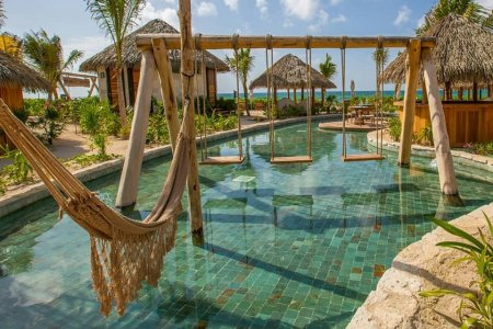 Vidanta Resorts Will Pay You $120K to Pool-Hop Around Mexico for a Year