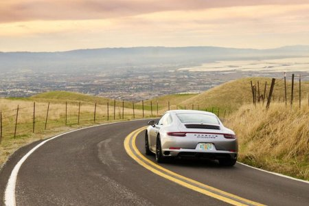 Porsche Continues the Car-Sharing Revolution With Two New Services