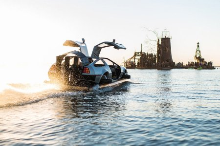 This DeLorean Hoverboat Is Either the Coolest or Dumbest Thing You'll Ever Purchase
