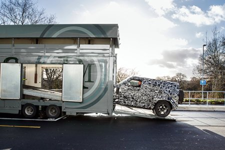 Land Rover Confirms the New Defender Is Coming in 2019