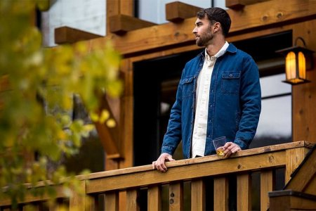 Our 5 Favorites From Huckberry's Massive Year-End Clearance Sale