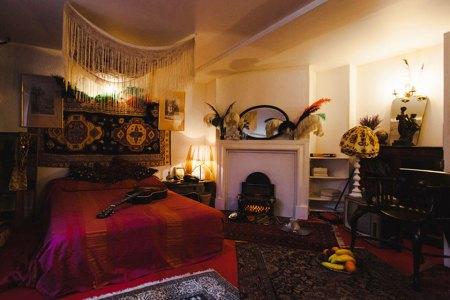 A Critical Analysis of Jimi Hendrix's Bedroom