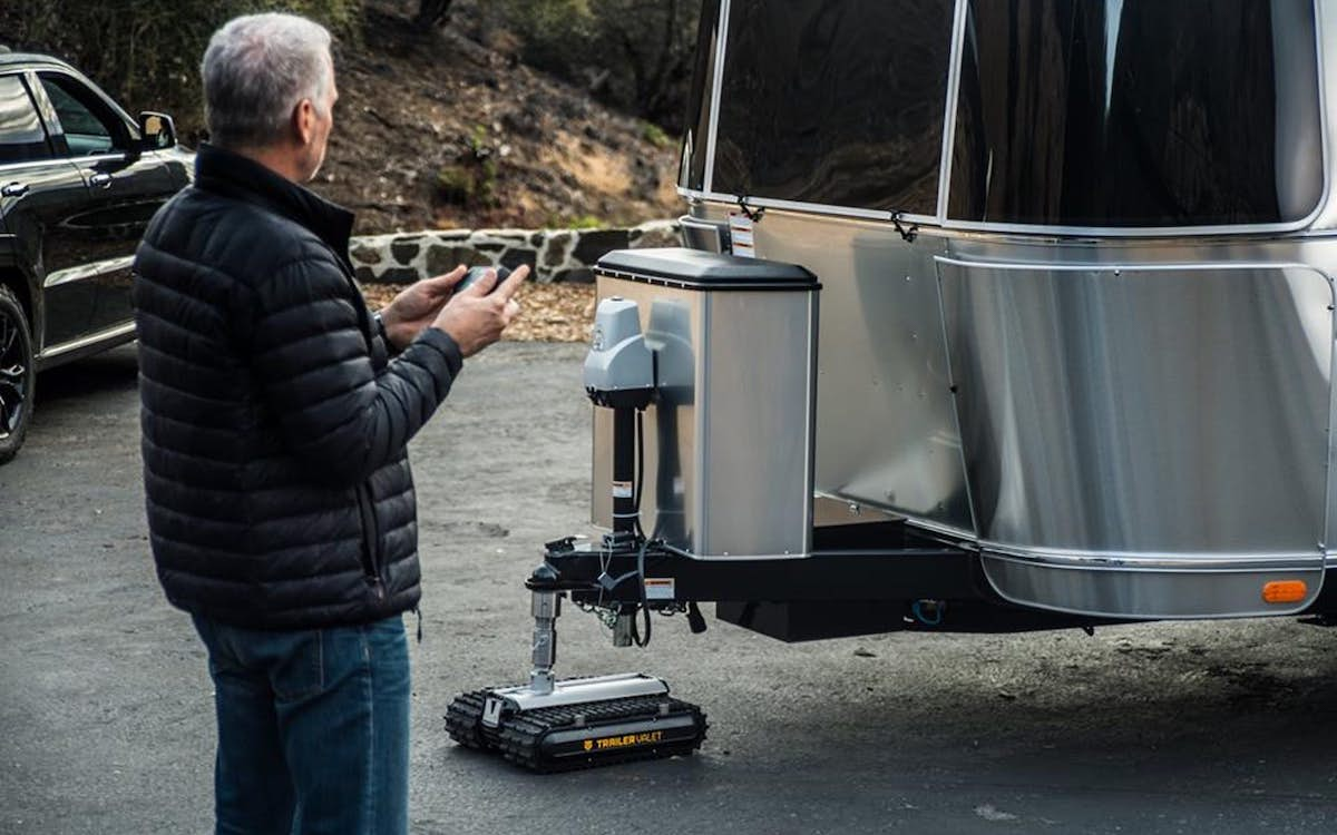 Ever Seen an RC Vehicle Tow a 9,000-lb. Airstream?