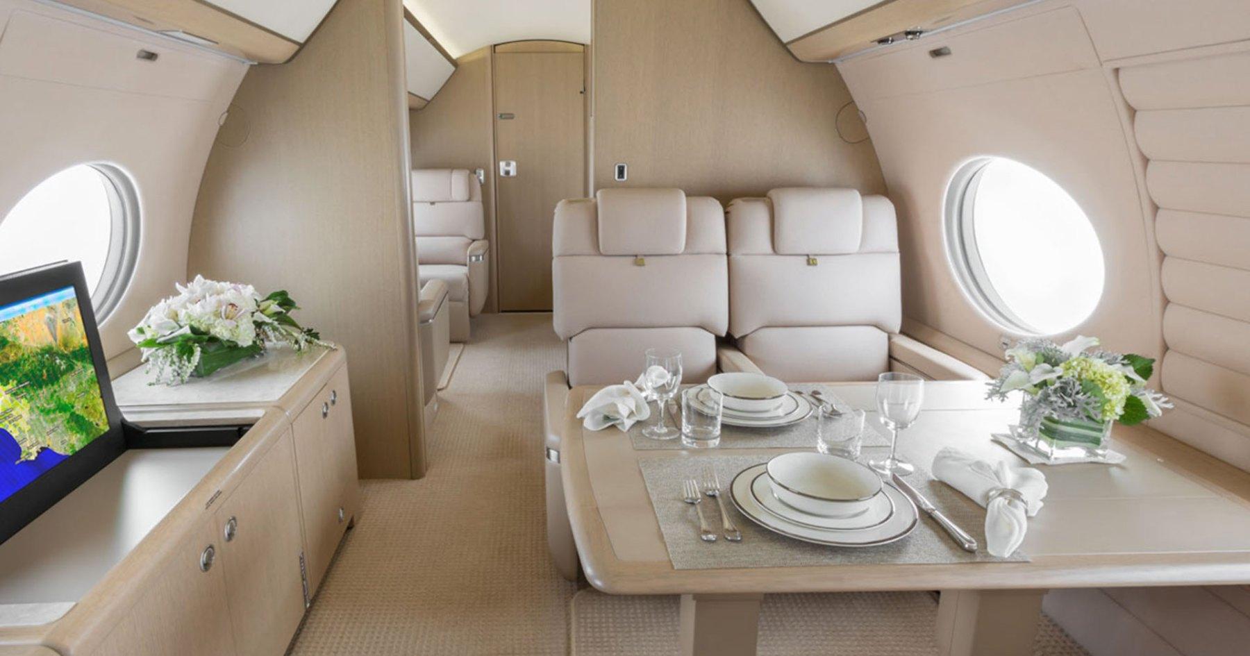 Private Jet and Box Seat Club Seeks Members