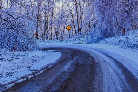 GENTLEMAN'S HANDBOOK, VOL. 9.7: HOW TO DRIVE ON BLACK ICE