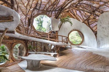 This Guggenheim-Endorsed Treehouse Hotel Looks Absolutely Bonkers
