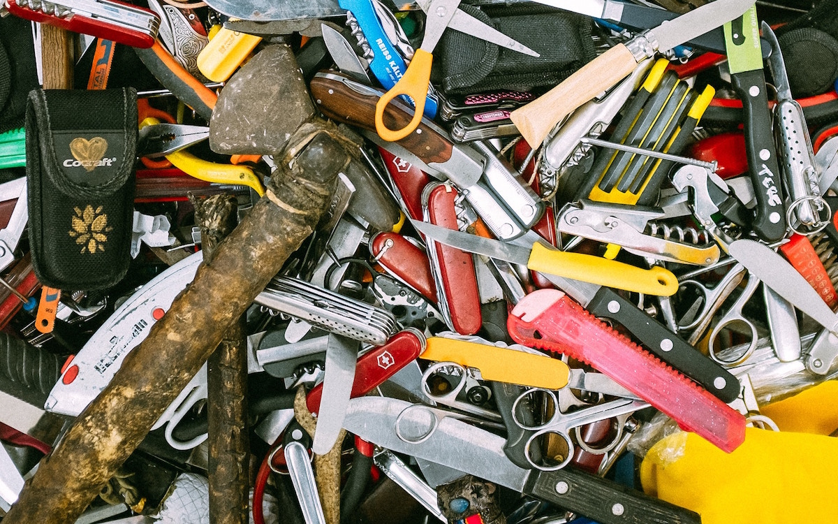 I'm Gonna Be Honest, Your Multitools Make You Look Like a Serial Killer