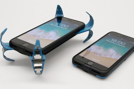 A German Student Just Built a Drop-Proof Smartphone Case