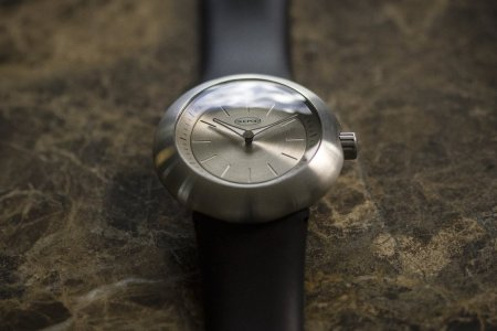 Cult-Classic Watch Brand Ikepod Is Back, Now Available on Kickstarter