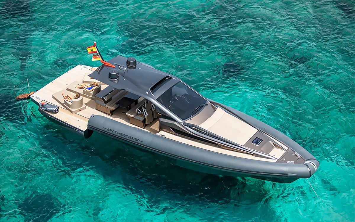 Little Baby Yacht Is Basically a Clown Car for the High Seas