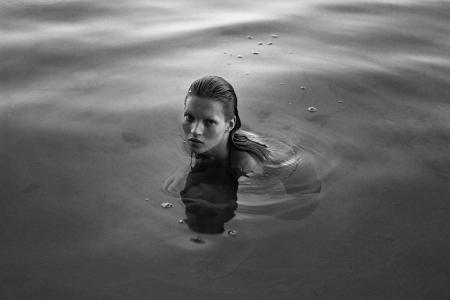 New Book Features Never-Before-Seen Portraits of an Undiscovered Kate Moss