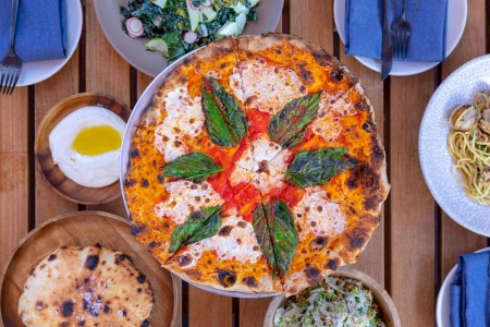 5 LA Pizzerias That Double as Excellent Date Spots