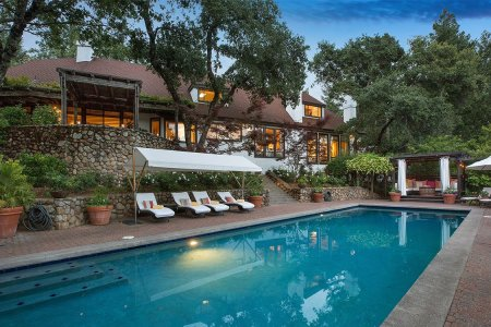 For Sale: Robert Redford's Napa Estate, Redwood Hot Tub and All