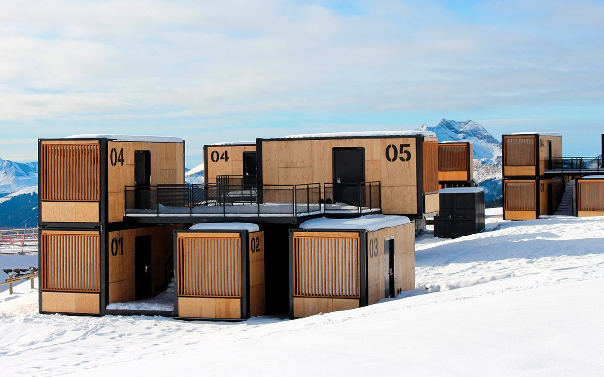 This 'Nomadic' Shipping-Container Hotel Will Travel Around the World