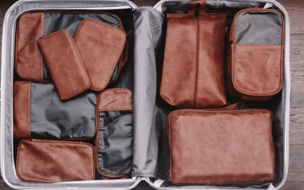 These Leather Cubes Will Save You From Your Own Terrible Packing Habits