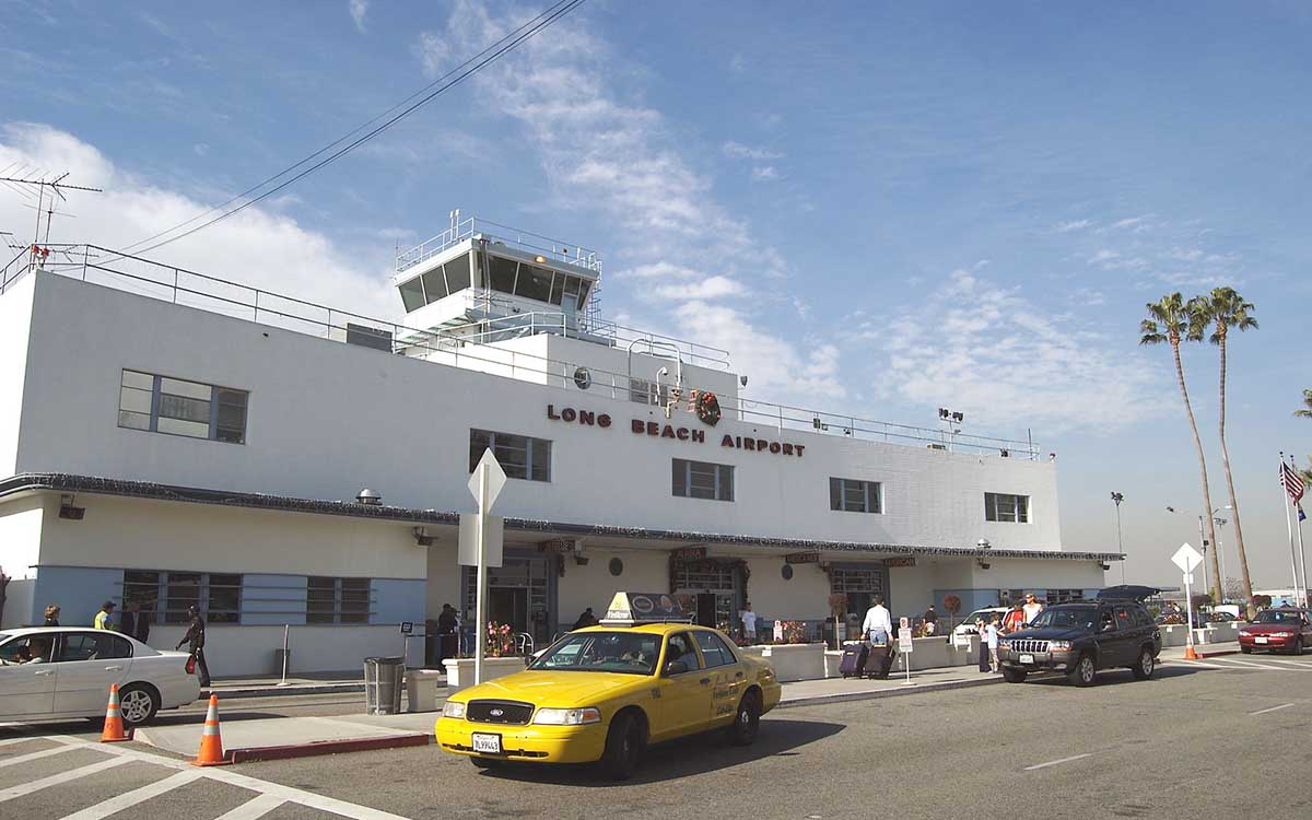 In Praise of the Small Airport (And Six You Need to Know)