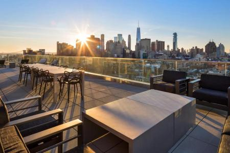 These 7 On-the-Market NY Pads Are Perfect for Outdoor Hosting