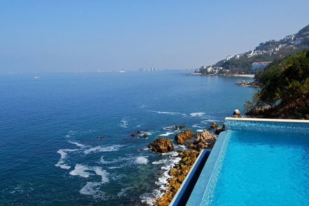 Win Four Nights in a Luxury Mexican Villa for You and Five Friends