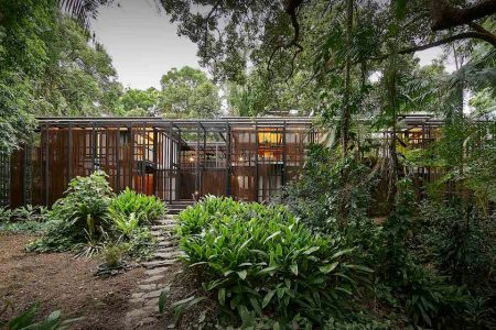 This Tarzan-esque Hideout Has an Urban Zip Code, Somehow