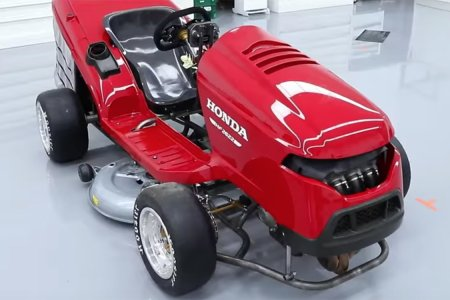 Honda's 189-HP Lawn Mower Is as Powerful as a CR-V