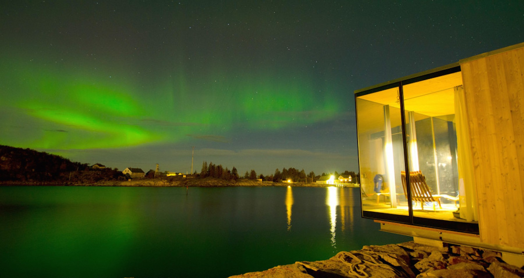 The Best Northern Lights Hut You'll Ever See